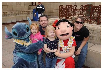 Disneyland 2010 Family Pic